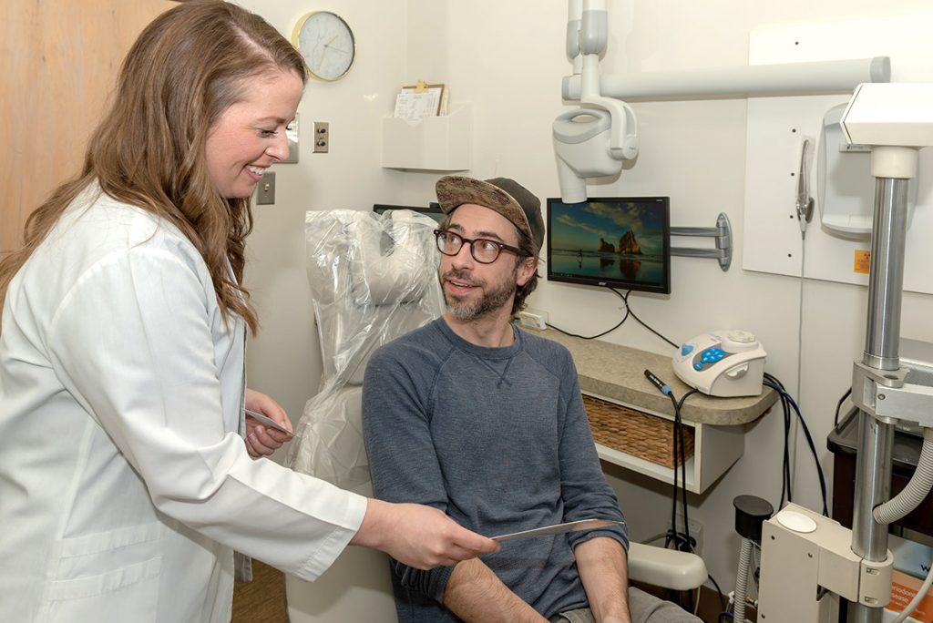 patient discussing periodontics with patient